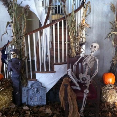 decoration d halloween pour lextrieur deco exterieur halloween deco exterieur halloween a faire. Black Bedroom Furniture Sets. Home Design Ideas